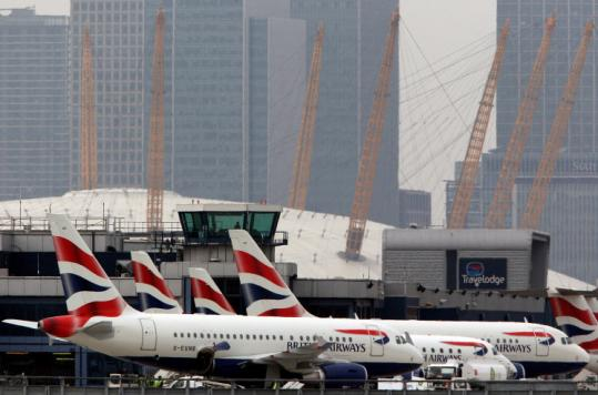 Unite, which represents British Airways' cabin crews, is talking with unions in the United States, Germany, and Spain.