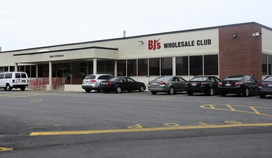 bj s wholesale club will move headquarters from natick to. Black Bedroom Furniture Sets. Home Design Ideas
