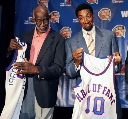 Walt Bellamy (left) of the 1960 Olympic team and Bulls star Scottie Pippen are two of the newest selectees for the Basketball Hall of Fame.