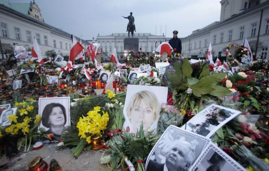 Flowers and photographs were placed in front of the Presidential Palace three days after Polish President Lech Kaczynski, his wife, and other military and civilian leaders died in a plane crash.