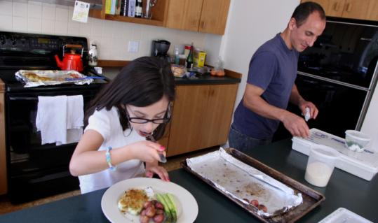 Chef Michael Leviton with his 7-year-old daughter, Isadora.