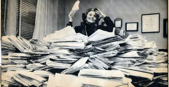 Ann Landers, a.k.a. Eppie Lederer, in her Chicago office in 1985.