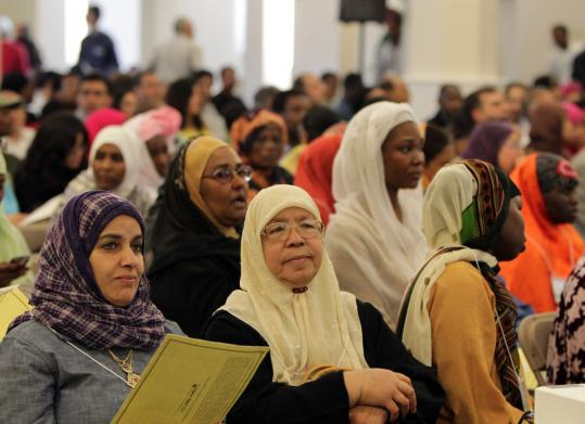 More than 1,100 Muslim-Americans from across the state attended a forum yesterday at the Islamic Society of Boston Cultural Center on ways to cope with discrimination. Governor Deval Patrick promised his support.