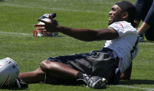 Randy Moss, getting ready for possibly his final season as a Patriot, found time for a few laughs during practice.