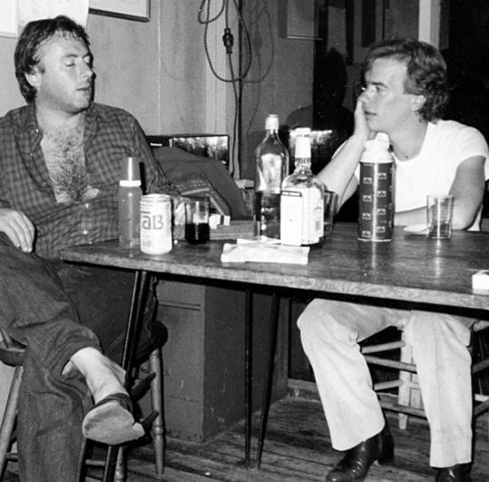 Christopher Hitchens, with Martin Amis on Cape Cod in 1985.