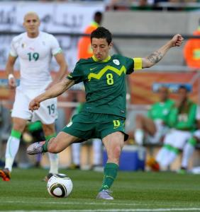 Slovenia&#8217;s Robert Koren lines up a shot in the 79th minute that found the back of the net after bouncing off Algeria&#8217;s keeper.