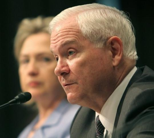 Defense Secretary Robert M. Gates told the Senate Armed Services Committee yesterday that ''there is no meeting of the minds on missile defense.''