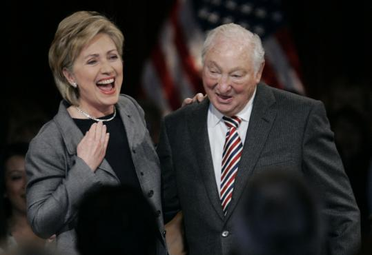 Walter Shorenstein with Hillary Rodham Clinton in 2007 at a luncheon in San Francisco.