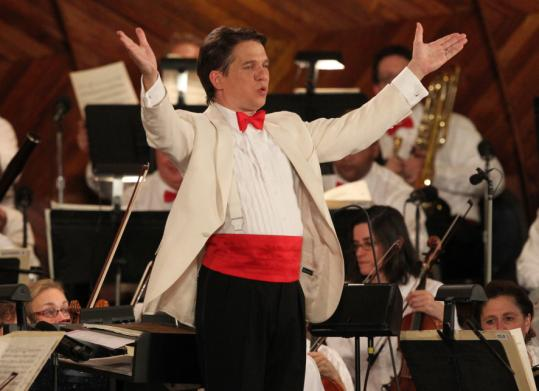 Keith Lockhart and the Boston Pops entertained hundreds of thousands of revelers on the Esplanade Sunday night.