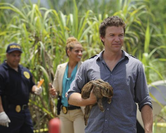 "Matt Passmore stars in ""The Glades'' as a transplanted Chicago detective whose love is golf."