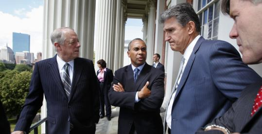 Governors (from left) Phil Bredesen of Tennessee, Deval Patrick, Joe Manchin of West Virginia, and Bob McDonnell of Virginia chatted outside the State House.