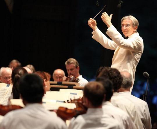 Michael Tilson Thomas, a Mahler champion, was a fitting replacement for James Levine on opening night at Tanglewood.