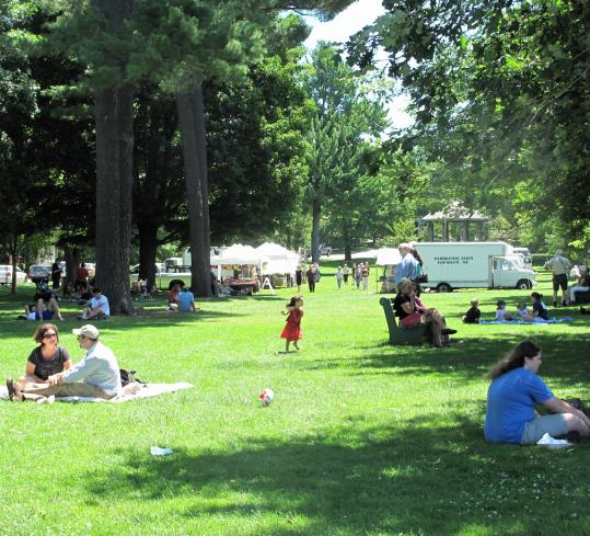The town green in Brunswick dates to the 18th century. It hosts a farmers' market on Fridays.