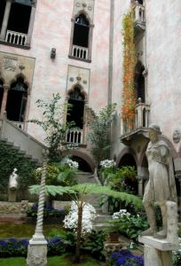 DAY 1 | GARDNER MUSEUM The courtyard of Isabella Stewart Gardner&#8217;s Venetian-style palace reflects her avid world travels.