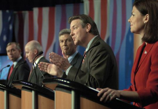 US Senate candidates (from left) Bill Binnie, Dennis Lamare, Jim Bender, Ovid Lamontagne, and Kelly Ayotte participated in a debate at Saint Anselm College in Manchester, N.H., last week.