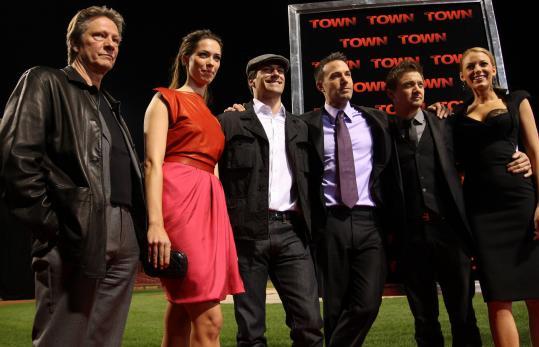 Cast members Chris Cooper, Rebecca Hall, Jon Hamm, Ben Affleck, Jeremy Renner, and Blake Lively.