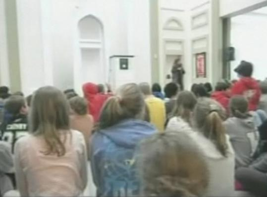 Religious freedom advocates said visiting a mosque during midday prayers — as Wellesley pupils are shown on video doing — puts impressionable children in a delicate situation.