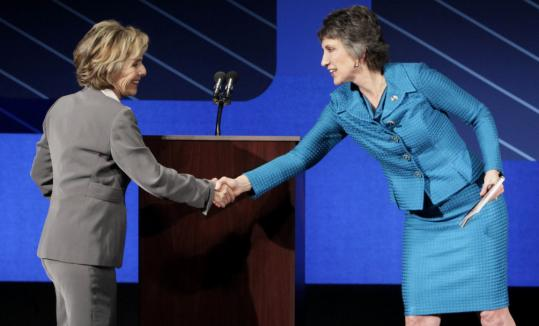 Senator Barbara Boxer (left) and challenger Carly Fiorina in Moraga, Calif. Sept. 1.