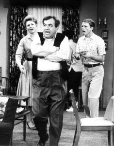 Tom Bosley with TV co-stars Marion Ross and Ron Howard.
