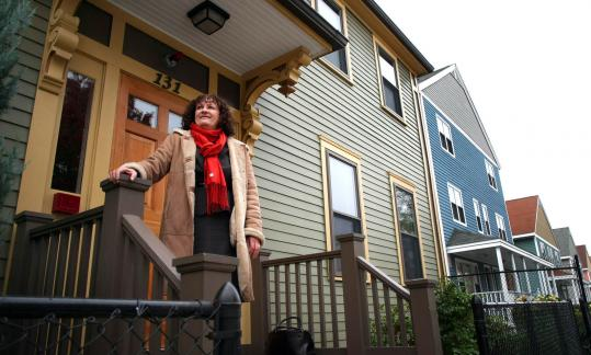 Lyndia Downie, a 2007 Barr fellow, collaborated with another 2007 Barr fellow on a housing initiative on Ziegler Street in Roxbury.