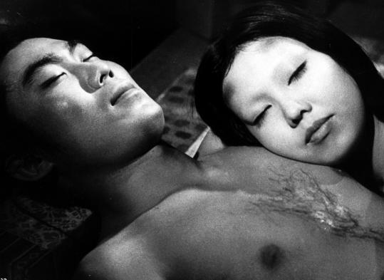 Kichiemon Nakamura (left) and Kiwako Taichi in Kaneto Shindô's classic ghost story.