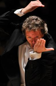 "Harry Christophers will lead the Handel and Haydn Society in ""Messiah.''"