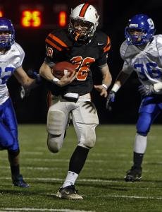 Beverly's Kenny Pierce takes it in from 25 yards on a double-reverse in the first quarter for a 6-0 lead.