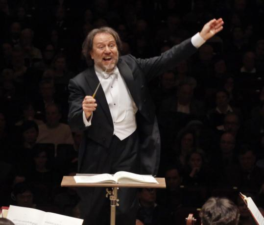 Riccardo Chailly conducts the Gewandhausorchester Leipzig at Carnegie Hall last winter and on a new Bach CD.