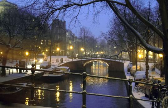 Winter arrived in Amsterdam — and most parts of Europe — last month, dusting Reguliers canal and the rest of the center city with snow.