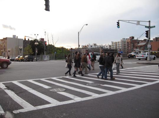 The walk signal at the intersection of Boylston Street and Massachusetts Avenue is one of many that doesn't change until as much as 22 seconds after the pedestrian countdown ends.