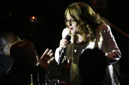 Teena Marie sang to Motown founder Berry Gordy during a tribute honoring Gordy.