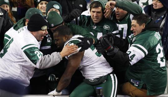 Though in the hostile setting of Gillette Stadium, vocal Jets linebacker Bart Scott found an audience for boasting after last Sunday's game.