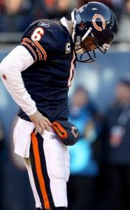 Bears quarterback Jay Cutler was largely ineffective, completing 6 of 14 passes for 80 yards with an interception.