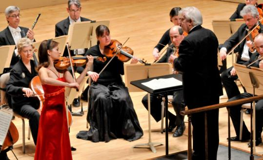 Arabella Steinbacher performed Mozart's Violin Concerto No. 4 with conductor Christoph von Dohnanyi and the BSO last night.