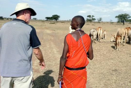After a few days touring in the Masai Mara, Rob Richards taught Kenyans how to use solar water purifiers.