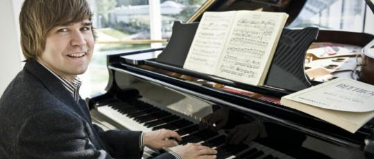 Paavali Jumppanen closed out the Gardner's four-concert cycle of Mozart sonatas on Sunday.