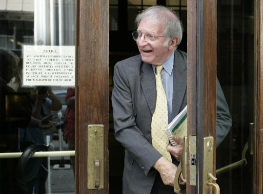 Leonard Weinglass left an appeals court in Atlanta after a hearing for the Cuban Five in 2007.