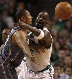 The Celtics' Kevin Garnett turned up the heat against Boris Diaw in the first half, but the ball bounced the Bobcats' way in the fourth quarter.