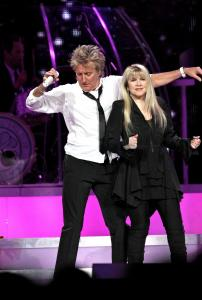 Rod Stewart and Stevie Nicks performing Saturday at Madison Square Garden in New York.