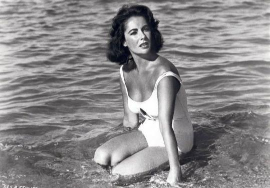 Elizabeth Taylor in 'Suddenly Last Summer: (1959).