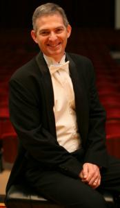 Timothy Weiss conducted the Oberlin Contemporary Music Ensemble.