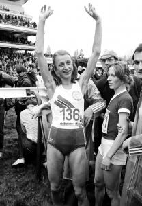 Grete Waitz in Paris in 1980 after winning the world cross-country championship, her third of five.