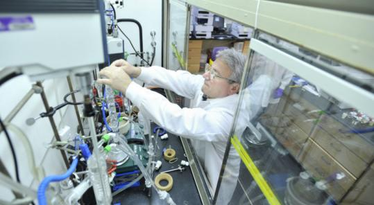 Research fellow Luigi Anzalone conducted research in a chemistry lab at Vertex's Cambridge facilities.