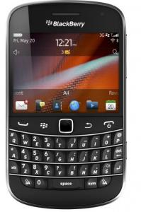 The Bold 9900 and 9930 phones have keyboards and 2.8-inch screens.