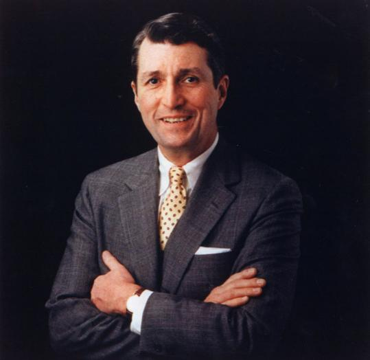 William Osgood Taylor II was publisher of The Boston Globe 1978-1997, an era of growth.