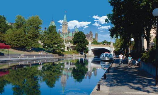 The Rideau Canal bisects Ottawa, with pleasure boats traffic in summer and skaters in winter. The Byward Market is always bustling, with a busy farmers' market at its center, and the National Gallery of Canada is an architectural attraction, too.