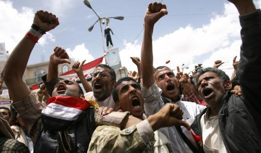 Antigovernment demonstrators in Sana, Yemen, shouted yesterday for the resignation of President Ali Abdullah Saleh, who agreed to exit and then refused to sign the deal Sunday.