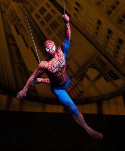 Человек паук и супер мэн театр