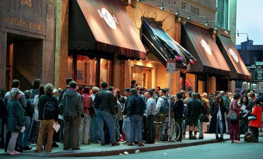 """A line snaked around the Hard Rock Cafe on Clarendon Street in 1995 during auditions for MTV's """"The Real World.''"""