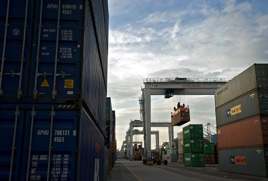 US exports declined 0.5 percent to $174.9 billion in May while imports rose 2.6 percent to $225.1 billion.